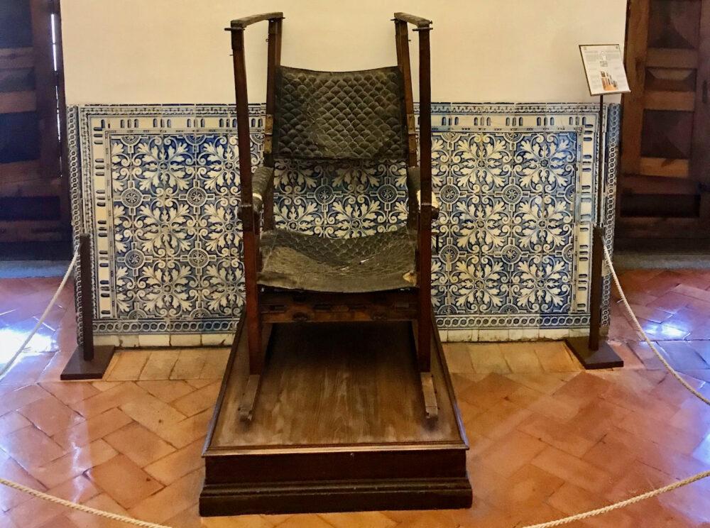 Экскурсия в Эскориал - Кресло Филиппа II